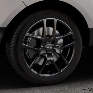 OXXO Vapor Black Felge mit Reifen schwarz in 17Zoll Winterfelge Alufelge auf silbernem Ford EcoSport Typ JK8 Facelift ⬇️ mit 15mm Tieferlegung ⬇️ Industriehalle 1 Thumbnail