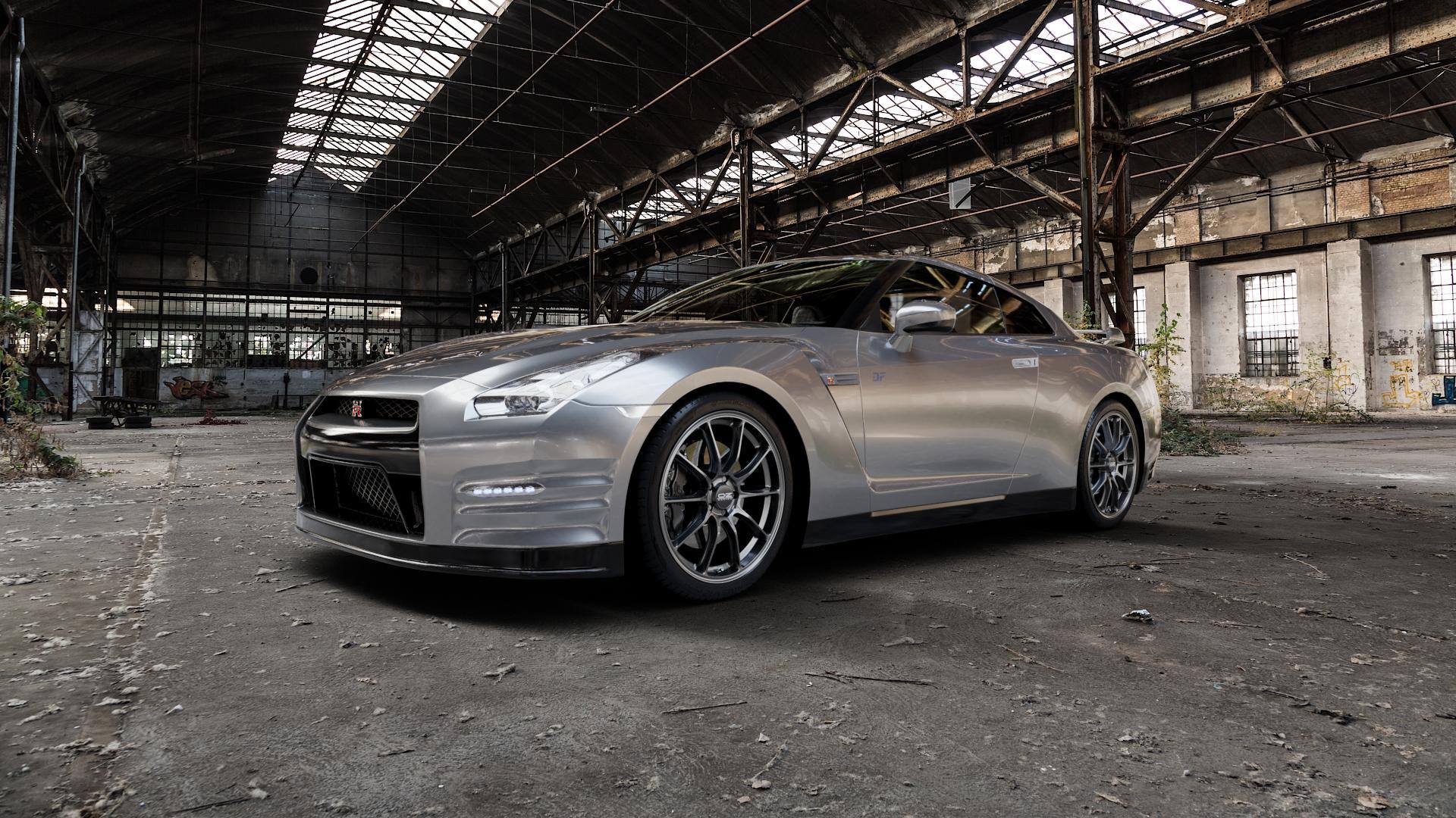 OZ RACING HYPER GT STAR GRAPHITE Felge mit Reifen grau in 20Zoll Winterfelge Alufelge auf silbernem Nissan GT-R ⬇️ mit 15mm Tieferlegung ⬇️ Industriehalle 1 Camera_000