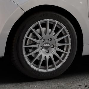 OZ RACING SUPERTURISMO GT GRIGIO CORSA Felge mit Reifen silber in 16Zoll Winterfelge Alufelge auf silbernem Citroen C3 Picasso ⬇️ mit 15mm Tieferlegung ⬇️ Industriehalle 1 Thumbnail
