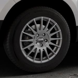 OZ RACING SUPERTURISMO GT GRIGIO CORSA Felge mit Reifen silber in 16Zoll Winterfelge Alufelge auf silbernem Dacia Duster Typ SD ⬇️ mit 15mm Tieferlegung ⬇️ Industriehalle 1 Thumbnail