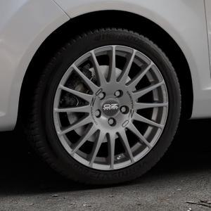 OZ RACING SUPERTURISMO GT GRIGIO CORSA Felge mit Reifen silber in 16Zoll Winterfelge Alufelge auf silbernem Ford Fiesta VI Typ JA8 ⬇️ mit 15mm Tieferlegung ⬇️ Industriehalle 1 Thumbnail