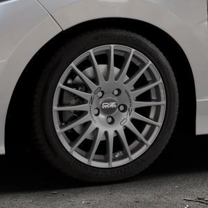 OZ RACING SUPERTURISMO GT GRIGIO CORSA Felge mit Reifen silber in 16Zoll Winterfelge Alufelge auf silbernem Honda Jazz IV (GK) Facelift ⬇️ mit 15mm Tieferlegung ⬇️ Industriehalle 1 Thumbnail