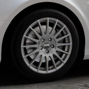 OZ RACING SUPERTURISMO GT GRIGIO CORSA Felge mit Reifen silber in 17Zoll Winterfelge Alufelge auf silbernem Audi A4 Typ 8K2/B8 (Limousine) ⬇️ mit 15mm Tieferlegung ⬇️ Industriehalle 1 Thumbnail