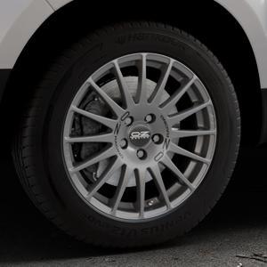 OZ RACING SUPERTURISMO GT GRIGIO CORSA Felge mit Reifen silber in 17Zoll Winterfelge Alufelge auf silbernem Dacia Duster Typ SD ⬇️ mit 15mm Tieferlegung ⬇️ Industriehalle 1 Thumbnail