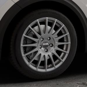 OZ RACING SUPERTURISMO GT GRIGIO CORSA Felge mit Reifen silber in 17Zoll Winterfelge Alufelge auf silbernem Kia Niro Typ DE ⬇️ mit 15mm Tieferlegung ⬇️ Industriehalle 1 Thumbnail