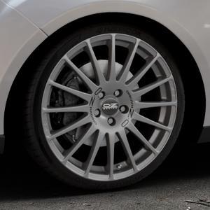 OZ RACING SUPERTURISMO GT GRIGIO CORSA Felge mit Reifen silber in 19Zoll Winterfelge Alufelge auf silbernem Ford Focus III Typ DYB Facelift (Turnier) ⬇️ mit 15mm Tieferlegung ⬇️ Industriehalle 1 Thumbnail