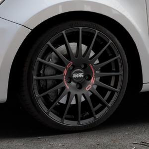 OZ RACING SUPERTURISMO GT MATT BLACK Felge mit Reifen schwarz in 18Zoll Winterfelge Alufelge auf silbernem Audi A1 Typ 8X (Sportback) ⬇️ mit 15mm Tieferlegung ⬇️ Industriehalle 1 Thumbnail