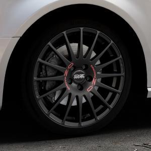 OZ RACING SUPERTURISMO GT MATT BLACK Felge mit Reifen schwarz in 18Zoll Winterfelge Alufelge auf silbernem Audi A3 Typ 8V (Sportback) ⬇️ mit 15mm Tieferlegung ⬇️ Industriehalle 1 Thumbnail