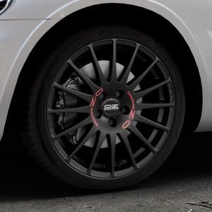 OZ RACING SUPERTURISMO GT MATT BLACK Felge mit Reifen schwarz in 18Zoll Winterfelge Alufelge auf silbernem Chrysler PT Cruiser Cabriolet ⬇️ mit 15mm Tieferlegung ⬇️ Industriehalle 1 Thumbnail