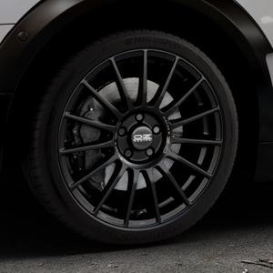 OZ RACING SUPERTURISMO LM MATT BLACK+SILVER LETTERING Felge mit Reifen schwarz in 18Zoll Winterfelge Alufelge auf silbernem Mini F54 Typ UKL-L (Clubman) FMK ⬇️ mit 15mm Tieferlegung ⬇️ Industriehalle 1 Thumbnail
