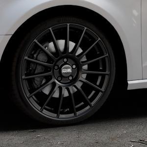 OZ RACING SUPERTURISMO LM MATT BLACK+SILVER LETTERING Felge mit Reifen schwarz in 19Zoll Winterfelge Alufelge auf silbernem Audi A3 Typ 8V ⬇️ mit 15mm Tieferlegung ⬇️ Industriehalle 1 Thumbnail