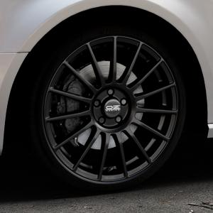 OZ RACING SUPERTURISMO LM MATT BLACK+SILVER LETTERING Felge mit Reifen schwarz in 19Zoll Winterfelge Alufelge auf silbernem Audi A3 Typ 8V (Sportback) ⬇️ mit 15mm Tieferlegung ⬇️ Industriehalle 1 Thumbnail