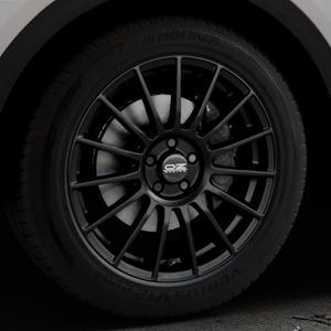 OZ RACING SUPERTURISMO LM MATT BLACK+SILVER LETTERING Felge mit Reifen schwarz in 19Zoll Winterfelge Alufelge auf silbernem Audi Q5 II Typ FY ⬇️ mit 15mm Tieferlegung ⬇️ Industriehalle 1 Thumbnail