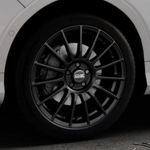 OZ RACING SUPERTURISMO LM MATT BLACK+SILVER LETTERING Felge mit Reifen schwarz in 19Zoll Winterfelge Alufelge auf silbernem Ford Kuga II Facelift (15->) (17->) ⬇️ mit 15mm Tieferlegung ⬇️ Industriehalle 1 Thumbnail