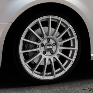 OZ RACING SUPERTURISMO LM MATT RACE SILVER + BLACK LETTERING Felge mit Reifen silber in 19Zoll Winterfelge Alufelge auf silbernem Audi A3 Typ 8V (Sportback) ⬇️ mit 15mm Tieferlegung ⬇️ Industriehalle 1 Thumbnail