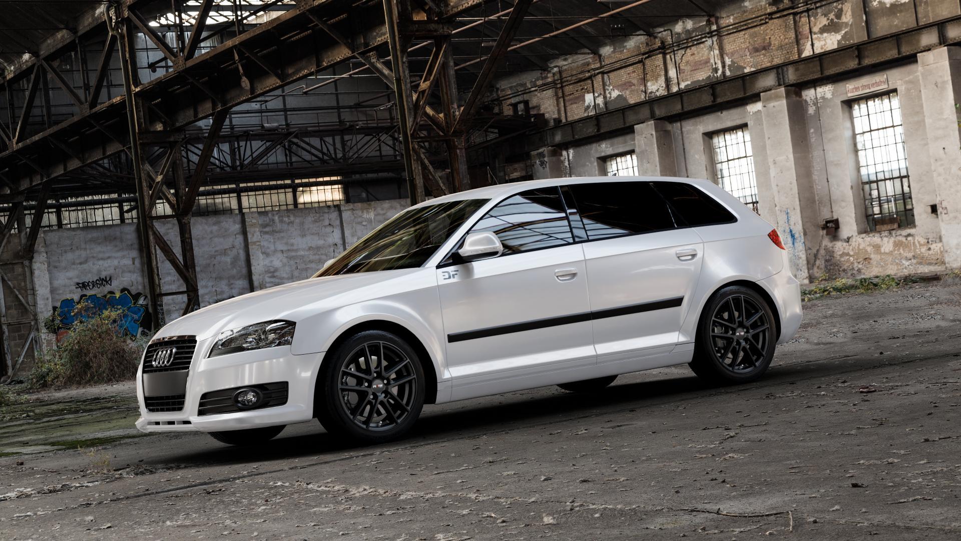 Platin Wheels P 73 racing-schwarz Felge mit Reifen in 17Zoll Winterfelge Alufelge auf weissem Audi A3 Typ 8P (Sportback) 1,6l 75kW (102 PS) 2,0l FSI 110kW (150 1,9l TDI 77kW (105 103kW (140 TFSI 147kW (200 85kW (116 100kW (136 1,8l 118kW (160 125kW (170 1,4l 92kW (125 120kW (163 quattro 3,2l V6 184kW (250 S3 195kW (265 1,2l 66kW (90 18