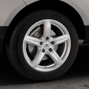 RC Design RC24 kristallsilber lackiert Felge mit Reifen in 16Zoll Winterfelge Alufelge auf silbernem Ford EcoSport Typ JK8 ⬇️ mit 15mm Tieferlegung ⬇️ Industriehalle 1 Thumbnail