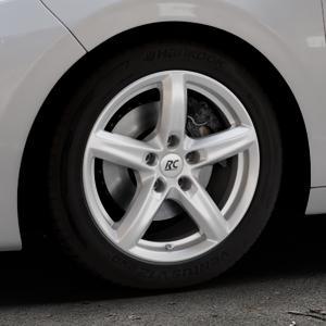 RC Design RC24 kristallsilber lackiert Felge mit Reifen in 16Zoll Winterfelge Alufelge auf silbernem Peugeot 208 Typ C ⬇️ mit 15mm Tieferlegung ⬇️ Industriehalle 1 Thumbnail