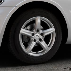 RC Design RC24 titan-metallic lackiert Felge mit Reifen grau in 15Zoll Winterfelge Alufelge auf silbernem Chrysler PT Cruiser Cabriolet ⬇️ mit 15mm Tieferlegung ⬇️ Industriehalle 1 Thumbnail