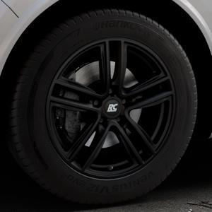 RC Design RC27 schwarz-matt lackiert Felge mit Reifen in 18Zoll Winterfelge Alufelge auf silbernem Alfa Romeo Stelvio Typ 949 ⬇️ mit 15mm Tieferlegung ⬇️ Industriehalle 1 Thumbnail