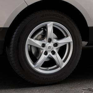 RC Design RC30 kristallsilber lackiert Felge mit Reifen in 15Zoll Winterfelge Alufelge auf silbernem Ford EcoSport Typ JK8 ⬇️ mit 15mm Tieferlegung ⬇️ Industriehalle 1 Thumbnail
