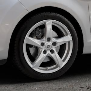 RC Design RC30 kristallsilber lackiert Felge mit Reifen in 16Zoll Winterfelge Alufelge auf silbernem Ford Fiesta VI Typ JA8 Facelift ⬇️ mit 15mm Tieferlegung ⬇️ Industriehalle 1 Thumbnail