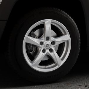RC Design RC30 kristallsilber lackiert Felge mit Reifen in 16Zoll Winterfelge Alufelge auf silbernem Jeep Renegade Typ BU ⬇️ mit 15mm Tieferlegung ⬇️ Industriehalle 1 Thumbnail