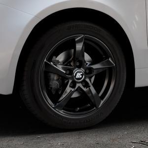 RC Design RC30 schwarz lackiert Felge mit Reifen in 15Zoll Winterfelge Alufelge auf silbernem Fiat 500 Typ 312 Cabrio Facelift ⬇️ mit 15mm Tieferlegung ⬇️ Industriehalle 1 Thumbnail