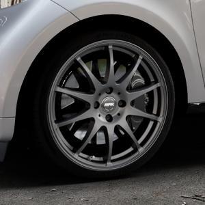 RFK Wheels SLS401 MATT GRAPHITE Felge mit Reifen grau in 17Zoll Winterfelge Alufelge auf silbernem Smart Forfour II (453) ⬇️ mit 15mm Tieferlegung ⬇️ Industriehalle 1 Thumbnail