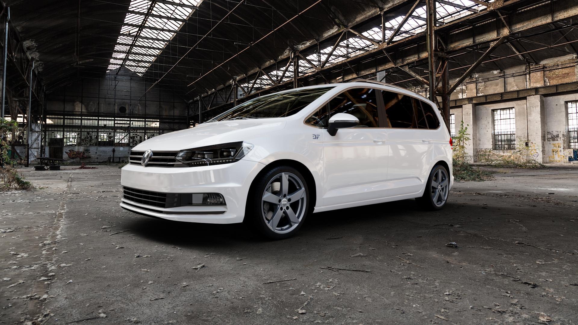 RIAL Kodiak graphit Felge mit Reifen grau in 18Zoll Winterfelge Alufelge auf weissem Volkswagen (VW) Touran III Typ 1T (15->) ⬇️ mit 15mm Tieferlegung ⬇️ Industriehalle 1 Camera_000