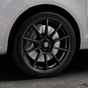 SPARCO ASSETTO GARA MATT BLACK Felge mit Reifen schwarz in 17Zoll Winterfelge Alufelge auf silbernem Ford Fiesta VI Typ JA8 ⬇️ mit 15mm Tieferlegung ⬇️ Industriehalle 1 Thumbnail