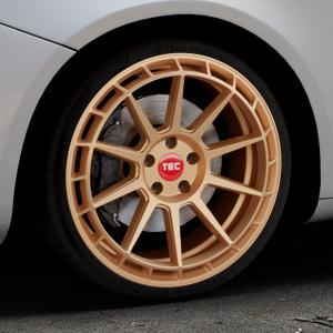 Tec Speedwheels GT8 rosé gold Felge mit Reifen in 19Zoll Winterfelge Alufelge auf silbernem Alfa Romeo Giulietta Typ 940 ⬇️ mit 15mm Tieferlegung ⬇️ Industriehalle 1 Thumbnail