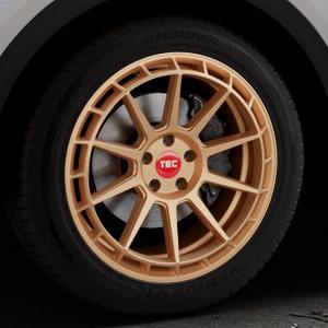 Tec Speedwheels GT8 rosé gold Felge mit Reifen in 19Zoll Winterfelge Alufelge auf silbernem Audi Q5 II Typ FY ⬇️ mit 15mm Tieferlegung ⬇️ Industriehalle 1 Thumbnail