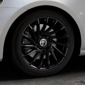 TOMASON TN16 Black painted Felge mit Reifen schwarz in 17Zoll Winterfelge Alufelge auf silbernem Volkswagen (VW) Golf 7 ⬇️ mit 15mm Tieferlegung ⬇️ Industriehalle 1 Thumbnail