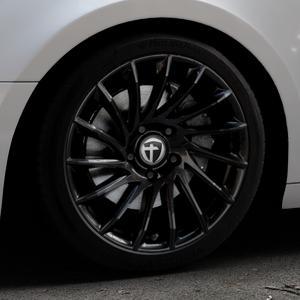 TOMASON TN16 Black painted Felge mit Reifen schwarz in 18Zoll Winterfelge Alufelge auf silbernem Audi A4 Typ B9 (Avant) ⬇️ mit 15mm Tieferlegung ⬇️ Industriehalle 1 Thumbnail