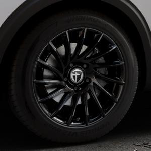 TOMASON TN16 Black painted Felge mit Reifen schwarz in 18Zoll Winterfelge Alufelge auf silbernem Peugeot 5008 Typ M ⬇️ mit 15mm Tieferlegung ⬇️ Industriehalle 1 Thumbnail