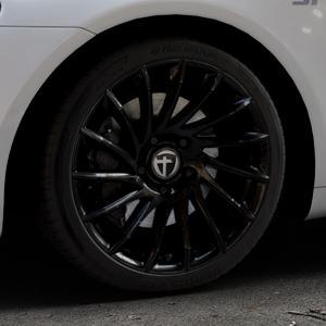 TOMASON TN16 Black painted Felge mit Reifen schwarz in 18Zoll Winterfelge Alufelge auf silbernem Volkswagen (VW) Scirocco III Typ 13 ⬇️ mit 15mm Tieferlegung ⬇️ Industriehalle 1 Thumbnail