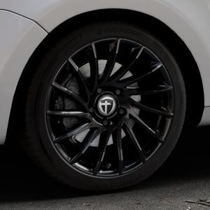 TOMASON TN16 Black painted Felge mit Reifen schwarz in 18Zoll Winterfelge Alufelge auf silbernem Volkswagen (VW) Sharan II Typ 7N ⬇️ mit 15mm Tieferlegung ⬇️ Industriehalle 1 Thumbnail