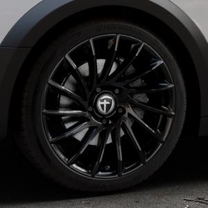 TOMASON TN16 Black painted Felge mit Reifen schwarz in 19Zoll Winterfelge Alufelge auf silbernem Audi A4 Typ B9 Allroad ⬇️ mit 15mm Tieferlegung ⬇️ Industriehalle 1 Thumbnail