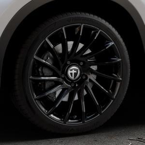 TOMASON TN16 Black painted Felge mit Reifen schwarz in 19Zoll Winterfelge Alufelge auf silbernem BMW X1 Typ F48 (UKL-L) (F1X) ⬇️ mit 15mm Tieferlegung ⬇️ Industriehalle 1 Thumbnail