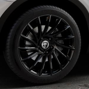 TOMASON TN16 Black painted Felge mit Reifen schwarz in 19Zoll Winterfelge Alufelge auf silbernem BMW X3 Typ F25 (X3, X-N1) ⬇️ mit 15mm Tieferlegung ⬇️ Industriehalle 1 Thumbnail