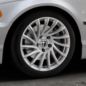 TOMASON TN16 Bright Silver Felge mit Reifen silber in 17Zoll Winterfelge Alufelge auf silbernem BMW 316i Typ E46 (Limousine) 318i 320i 323i 328i 325i 330d 330xd 330i 318d 320d 325xi 330xi ⬇️ mit 15mm Tieferlegung ⬇️ Industriehalle 1 Thumbnail