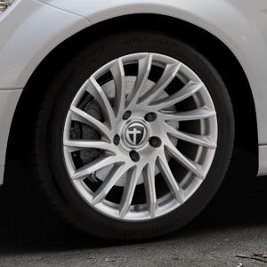 TOMASON TN16 Bright Silver Felge mit Reifen silber in 17Zoll Winterfelge Alufelge auf silbernem Mercedes C-Klasse Typ W204 Limousine ⬇️ mit 15mm Tieferlegung ⬇️ Industriehalle 1 Thumbnail