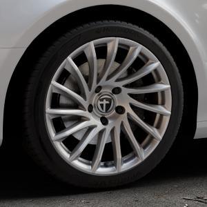 TOMASON TN16 Bright Silver Felge mit Reifen silber in 18Zoll Winterfelge Alufelge auf silbernem Audi A4 Typ 8K2/B8 (Limousine) ⬇️ mit 15mm Tieferlegung ⬇️ Industriehalle 1 Thumbnail