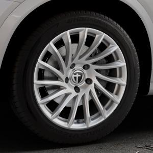 TOMASON TN16 Bright Silver Felge mit Reifen silber in 18Zoll Winterfelge Alufelge auf silbernem BMW X4 Typ F26 (X3, X-N1) ⬇️ mit 15mm Tieferlegung ⬇️ Industriehalle 1 Thumbnail