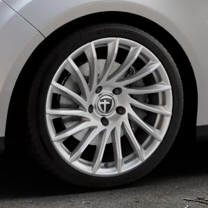 TOMASON TN16 Bright Silver Felge mit Reifen silber in 18Zoll Winterfelge Alufelge auf silbernem Ford Focus III Typ DYB (Turnier) ⬇️ mit 15mm Tieferlegung ⬇️ Industriehalle 1 Thumbnail