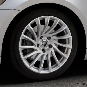TOMASON TN16 Bright Silver Felge mit Reifen silber in 18Zoll Winterfelge Alufelge auf silbernem Volkswagen (VW) Passat 3C/B8 Limousine Variant ⬇️ mit 15mm Tieferlegung ⬇️ Industriehalle 1 Thumbnail