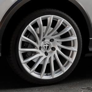 TOMASON TN16 Bright Silver Felge mit Reifen silber in 19Zoll Winterfelge Alufelge auf silbernem Audi Q2 Typ GA ⬇️ mit 15mm Tieferlegung ⬇️ Industriehalle 1 Thumbnail