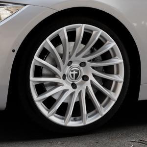 TOMASON TN16 Bright Silver Felge mit Reifen silber in 19Zoll Winterfelge Alufelge auf silbernem BMW 420d Typ F32 (Coupé) 428i xDrive 435i 430d 420i 435d 425d F36 (Gran Coupe) 418d 418i 430i 440i ⬇️ mit 15mm Tieferlegung ⬇️ Industriehalle 1 Thumbnail